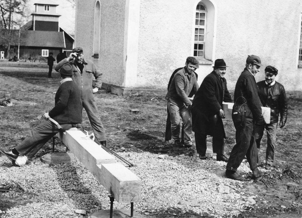 Byggnation av Brunneby kyrkas klockstapel