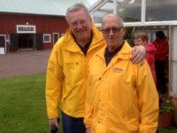 Fr.v. Carl-Gustaf Svensson och Håkan Fritiofsson under en av våra utflykter.